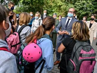 """Vlaamse regering maakt 9 miljoen vrij voor weekend- en vakantieschool: """"We halen het grote geschut boven"""""""