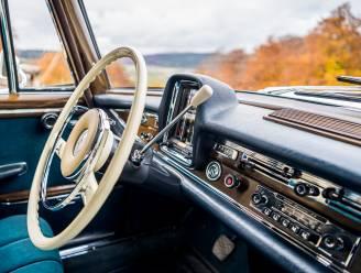 Het doek valt voor de autoradio: 'Mensen waren eerst bang voor ongelukken door zo'n apparaat'