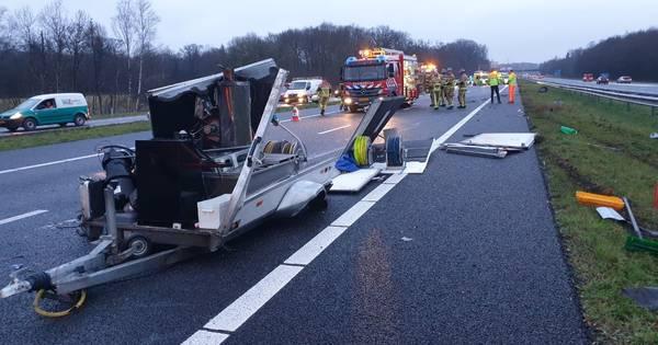 A35 van Delden richting Enschede dicht door ongeval.