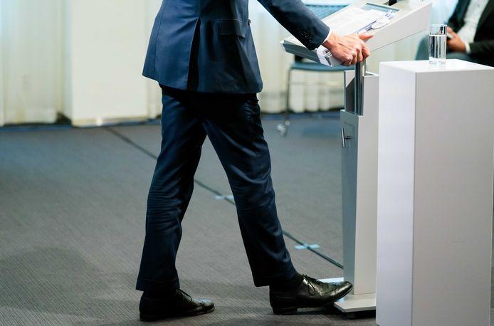 Minister-president Mark Rutte staat de pers te woord na afloop van de ministerraad.