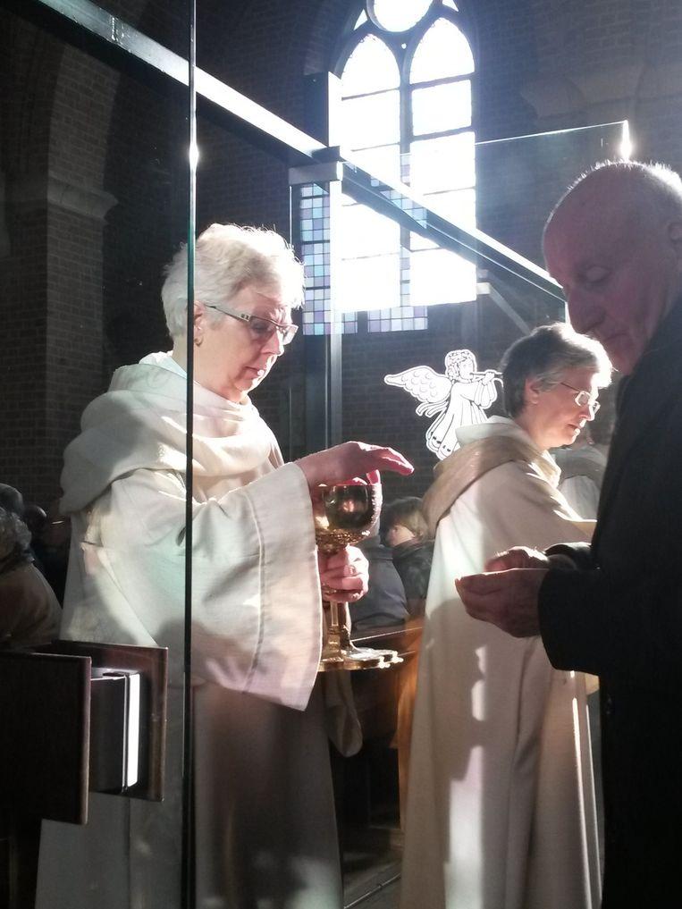 Vrouwen mogen nog steeds geen priester zijn Beeld null