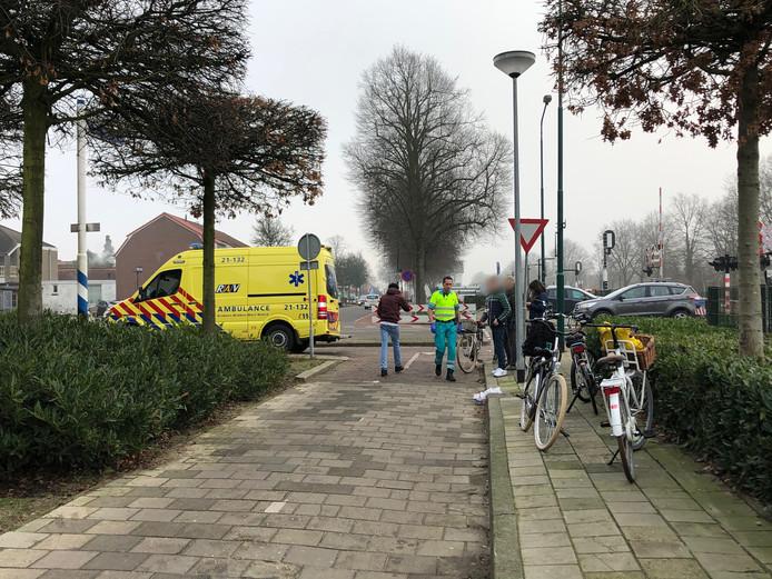 Twee fietsers botsten tegen elkaar op het Schilderspad in Boxmee.