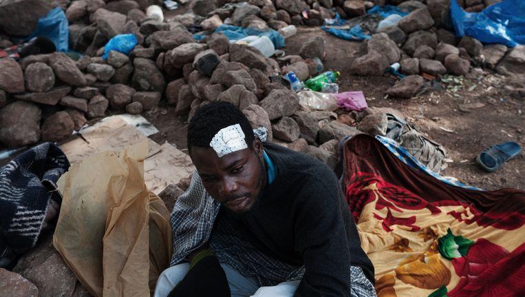 Nador, Marokko, 2014. Immigranten uit Mali in hun schuilplaats op de berg Gurugu. Beeld Giulio Piscitelli