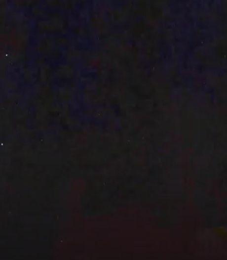 UFO-meldpunt druk in de weer met 'vliegende bollen' boven Tilburg; defensie geeft uitsluitsel