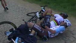 Ongelooflijk: Sagan valt en neemt Van Avermaet en Naesen mee