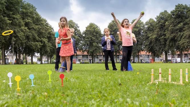 Ouderwets plezier in Kaatsheuvel: ringgooien en appelhappen