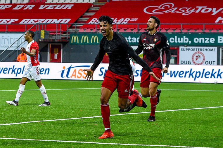 Naoufal Bannis viert zijn winnende goal voor Feyenoord tegen FC Emmen.  Beeld BSR Agency