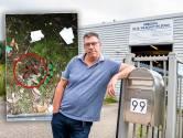 Ondernemer ziek van poepende chauffeurs rond zijn bedrijf: 'Ik ga kalender maken van de foto's'
