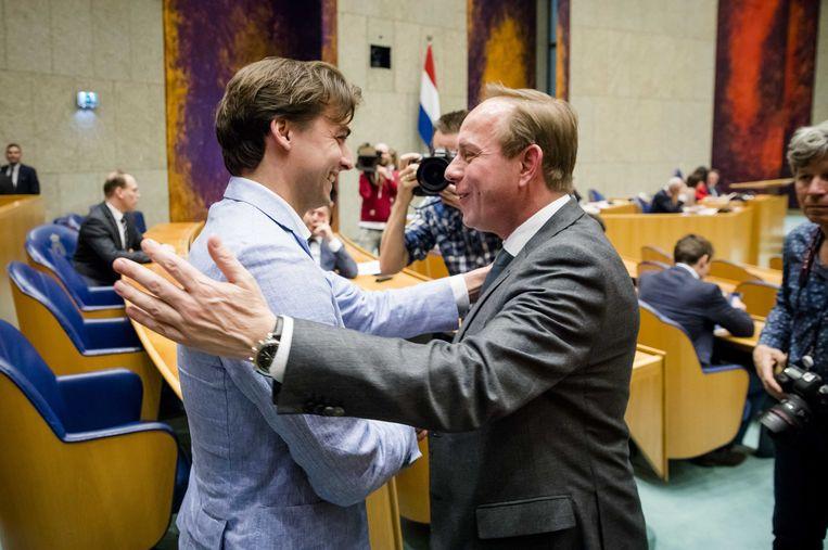 Thierry Baudet, leider van Forum voor Democratie en Kees van der Staaij (SGP). Beeld ANP