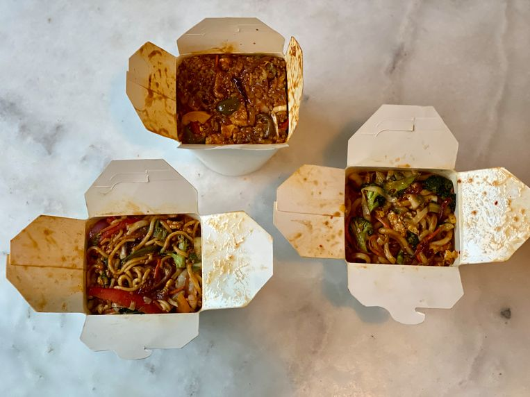 De gerechten zijn royaal: 700 gram per stuk. Beeld Monique van Loon