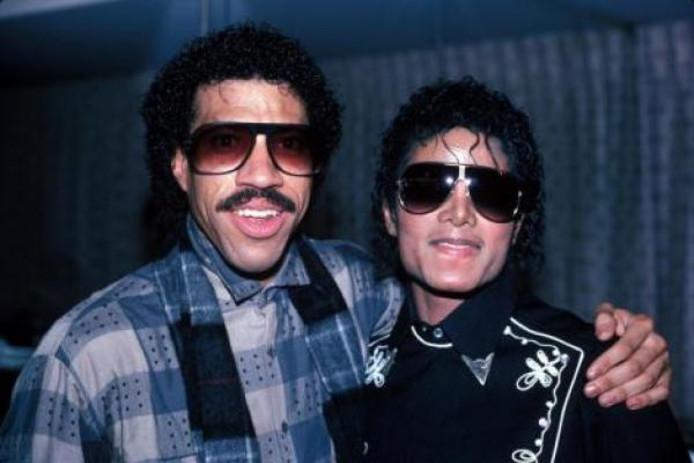 Lionel Richie et Michael Jackson.