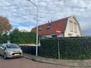 Eén van de drie twee-onder-eenkapwoningen in het Rode Dorp in Westervoort.