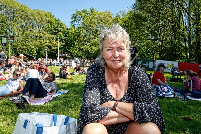 Belia Viejon: ,,Herdenken is heel belangrijk, ik doe dat altijd op 4 mei, gisteren nog op het Domplein. ''