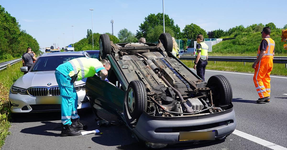Twee gewonden bij ongeval met vijf autos op A58 bij Gilze.