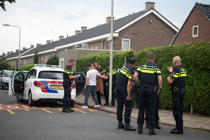De verdachte wordt na de steekpartij op 14 juni dit jaar aangehouden.
