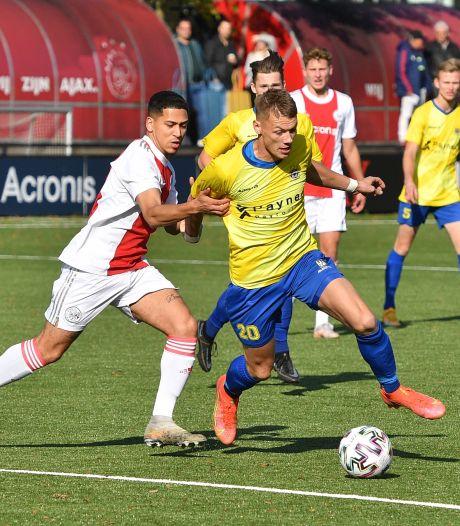 Staphorst viert zege op Ajax op het Rembrandtplein