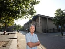 'Kosten kerk Son gierend uit de pan'