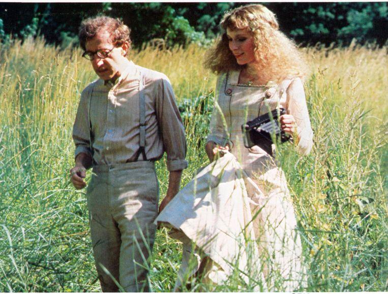 Mia Farrows eerste rol onder regie van Woodie Allen was in A Midsummer Night's Sex Comedy (1982). Beeld