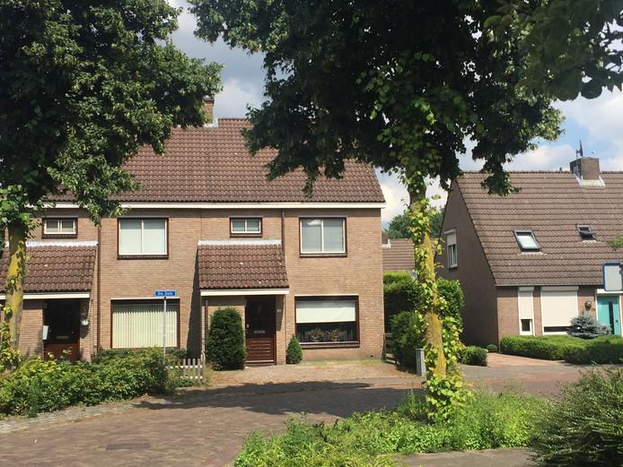 Op 19 maart doken de drie op bij een woning aan de Zeis in Heesch.