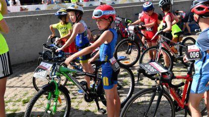 Meer dan 480 atleten op Boerekreektriatlon