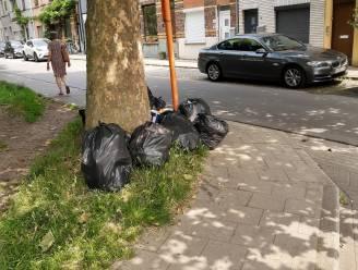 """Sluikstortproblemen in Dampoortwijk blijven aanslepen: """"We klagen al vijf jaar, sensibiliseren werkt duidelijk niet"""""""