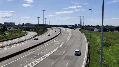 Nieuwe verkeersknoop moet reis naar luchthaven vlotter en veiliger maken