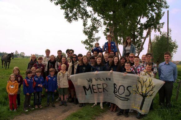 De Sint-Niklazenaren willen meer groen in hun stad, zo bleek al vaker bij enquêtes en bevragingen. Ook jongeren voerden in het verleden al actie voor meer bos.