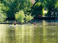 Man met spoed naar ziekenhuis nadat hij onwel wordt in meertje in Eindhoven, geen kind in het water