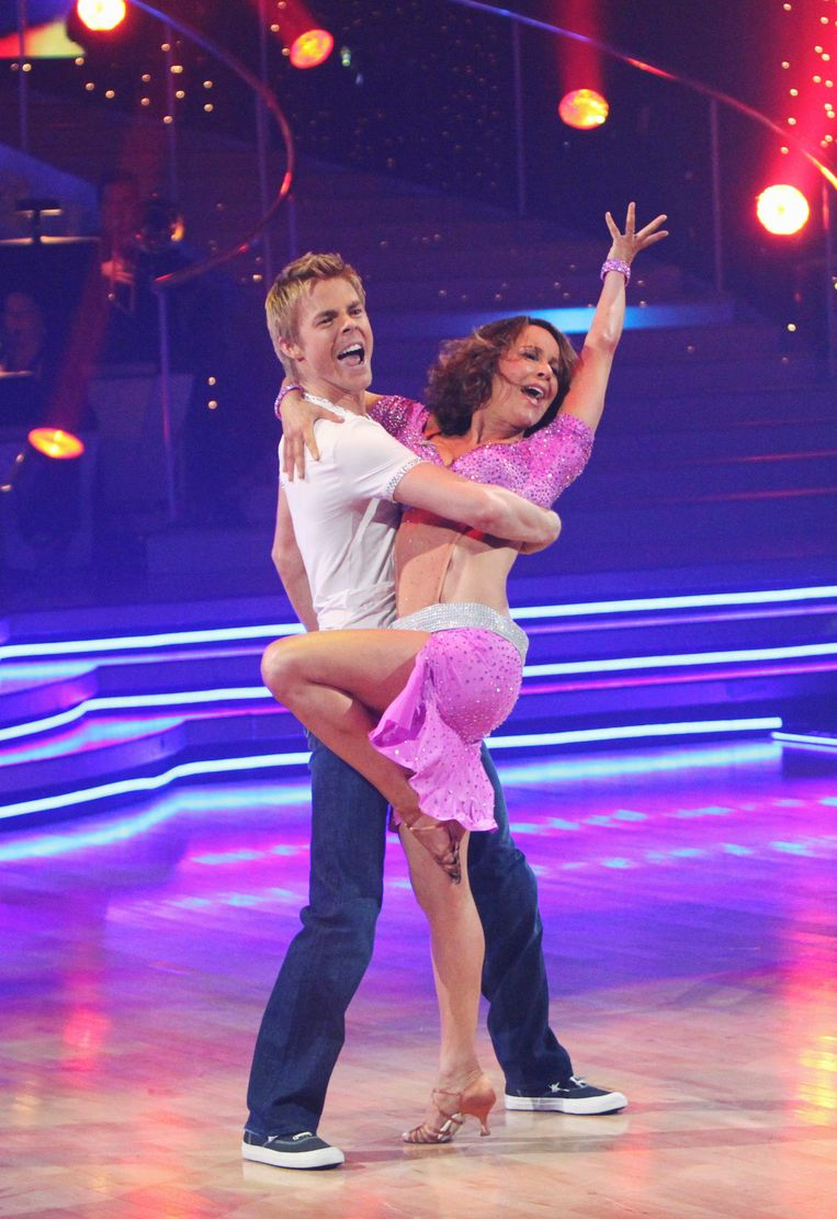 Jennifer Grey wint Dacing With the Stars.