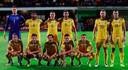 In een WK-kwalificatiematch tegen Moldavië met veel ruimte tussen Robson-Kanu en Ramsey.