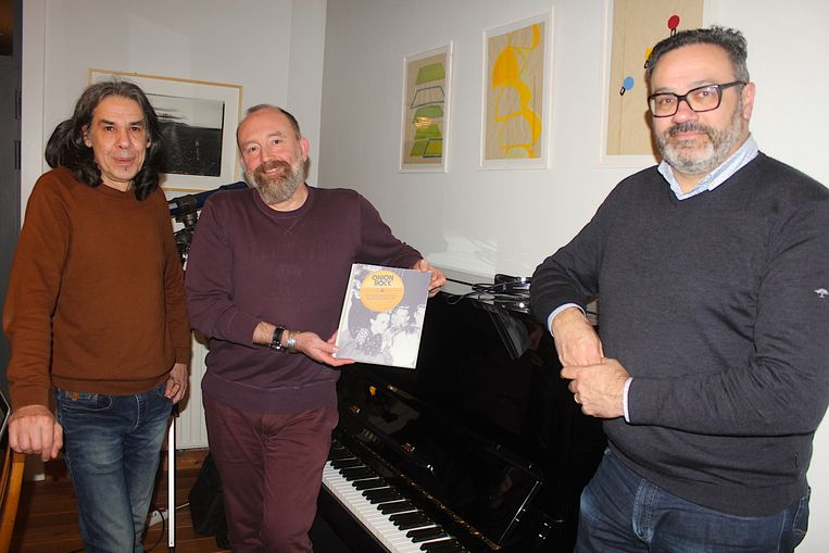 Jan Van Liedekerke, Cynrik De Decker stelden het boek samen, Nick Mertens is dj op de boekvoorstelling.
