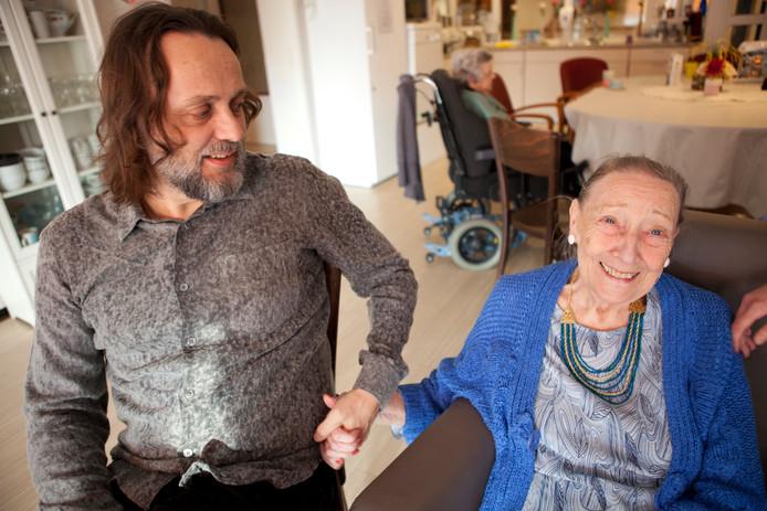 Hugo Borst en zijn moeder