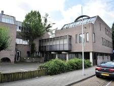 Hengelo wil weer meewerken aan de opvang van vluchtelingen in de Willemstraat, nu de eigenaar nog