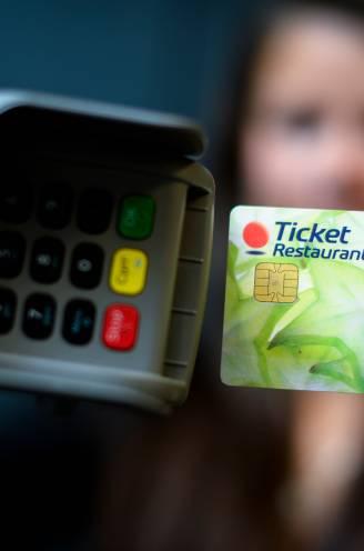 Opgelet: maaltijdcheques knabbelen aan uw pensioen. Hoeveel pensioen zullen ze u later kosten?
