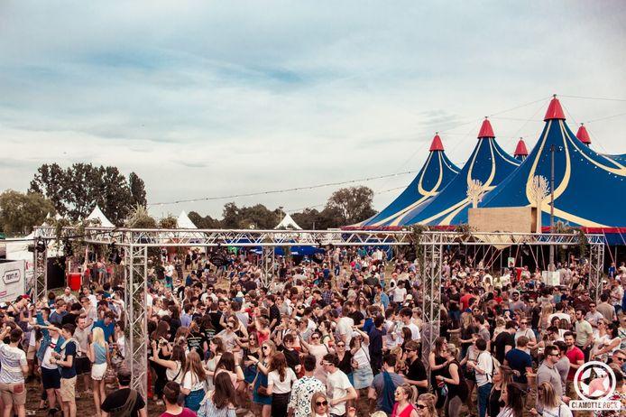 Clamotte Rock lokt steeds weer vele mensen naar de festivalweide