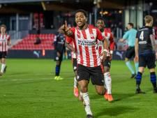 Shurandy Sambo schiet Jong PSV langs FC Den Bosch
