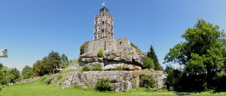 Burg Brennberg in Wiesent. Beeld Gerhard Laußer