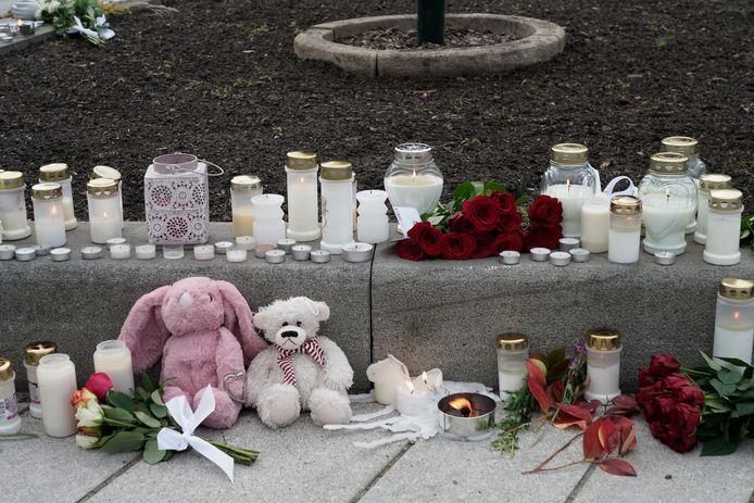Bewoners van Kongsberg betuigen vandaag hun medeleven met slachtoffers.