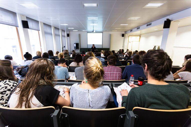 Vlaanderen scoort slecht in een Europees rapport over hulpmaatregelen voor vluchtelingen in het hoger onderwijs.  Beeld BELGA