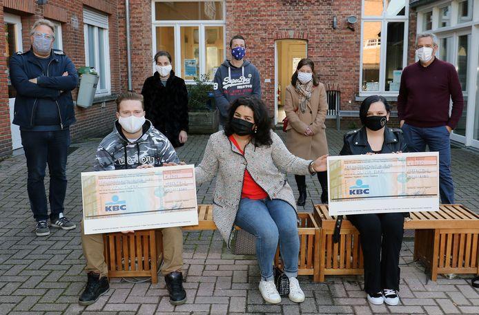 De overhandiging van de cheques gebeurde afgelopen weekend op de campus in Herentals.