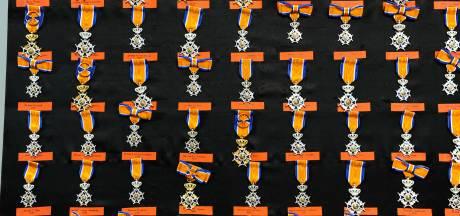 Dertien keer koninklijke eer in Waalwijk