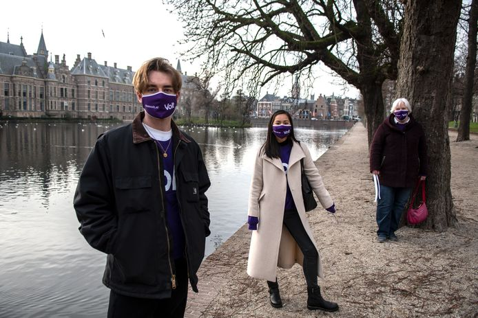 Volt wil in maart meedoen met de Haagse gemeenteraadsverkiezingen. Dat maakt de partij vanochtend bekend.