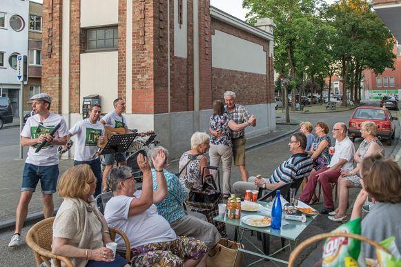 Wie een activiteit plant op Dag van de Buren, maakt kans op een gratis sfeerconcert.