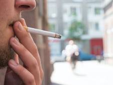 Sigaretje roken bij bushalte mag binnenkort niet meer in Utrecht