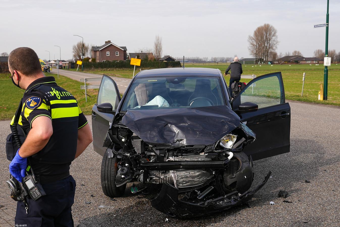 Ongeluk op de Huizenbeemdweg in Oss.