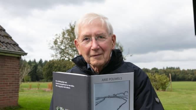 Hardenbergse oud-wethouder zet zijn levensverhaal op papier: 'Herkenbaar als tijdsbeeld en nergens een oordeel'