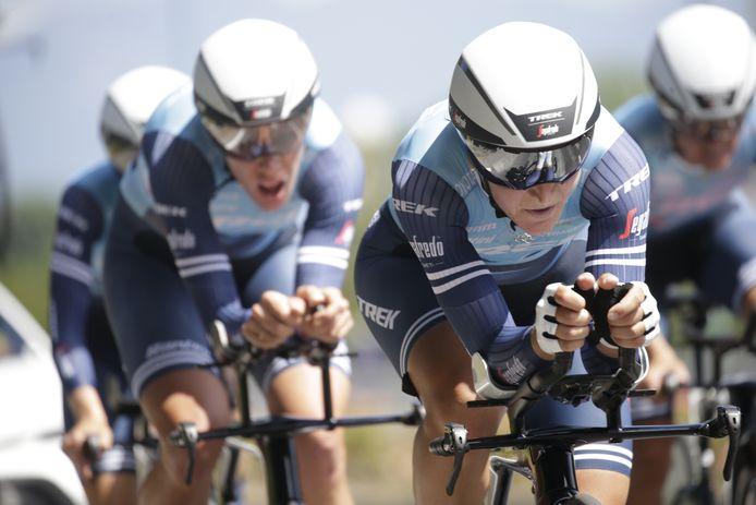 Trek-Segafredo tijdens de Giro Donne.