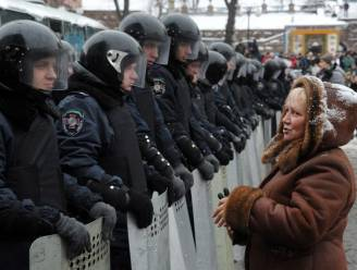 Oproerpolitie ontmantelt barricades in Kiev