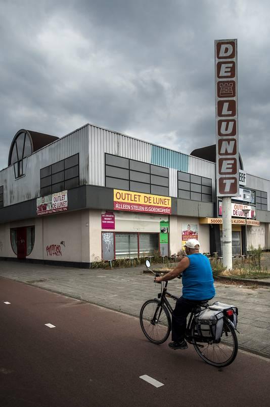 breda-foto : ron magielse voormalig winkelcentrum de lunet