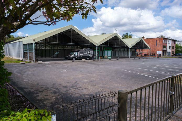 Het terrein van de voormalige bloemen- en plantenzaak Mampaey.